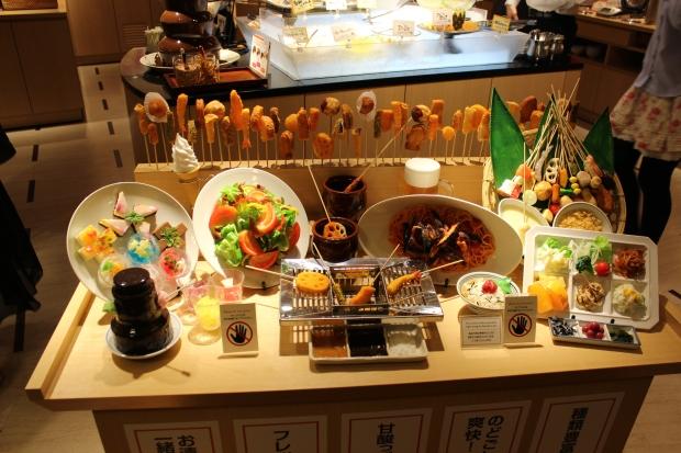sampling of foods at Kushiya Monogatari