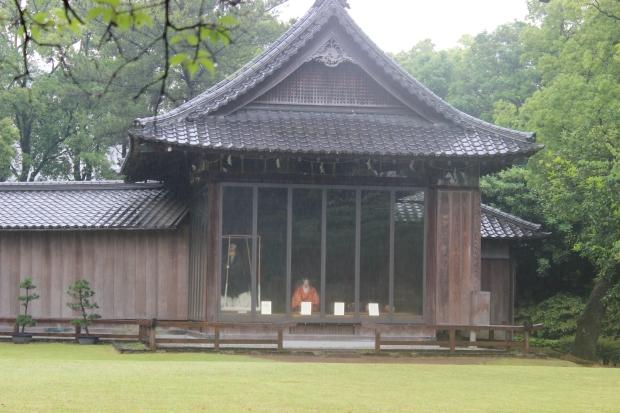 suizenji garden noh theater