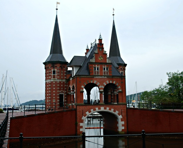 huis ten bosch harbor area